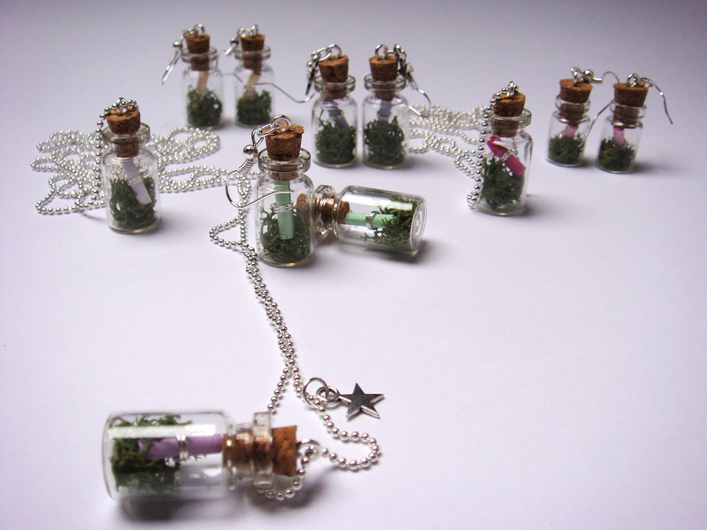Nakit iz miniaturnih stekleničk, MetiBeti