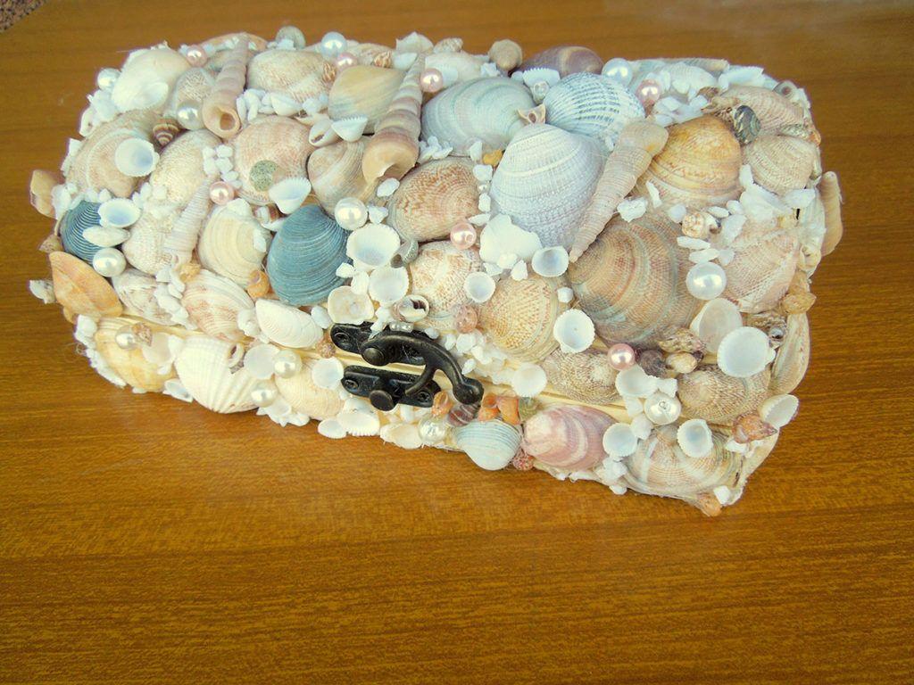 DIY: Skrinjica s školjkami