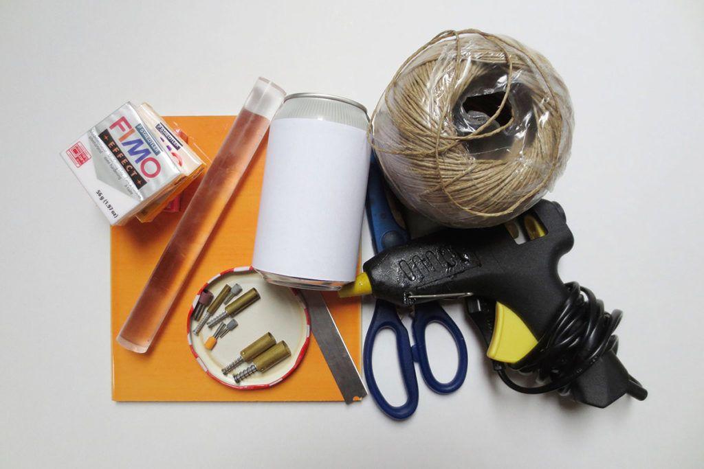 DIY: Jesenski svečnik iz polimerne mase – potrebščine