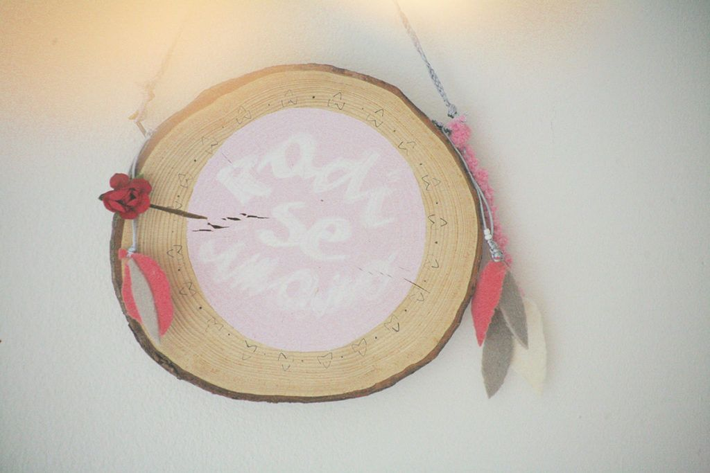 Kaja Milanič: Edina stalnica v moji ustvarjalni skrinjici le lepilo