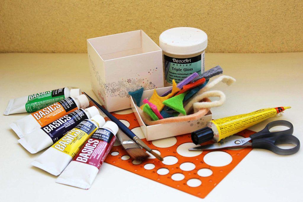 DIY: Darilna škatlica v novi preobleki – potrebščine