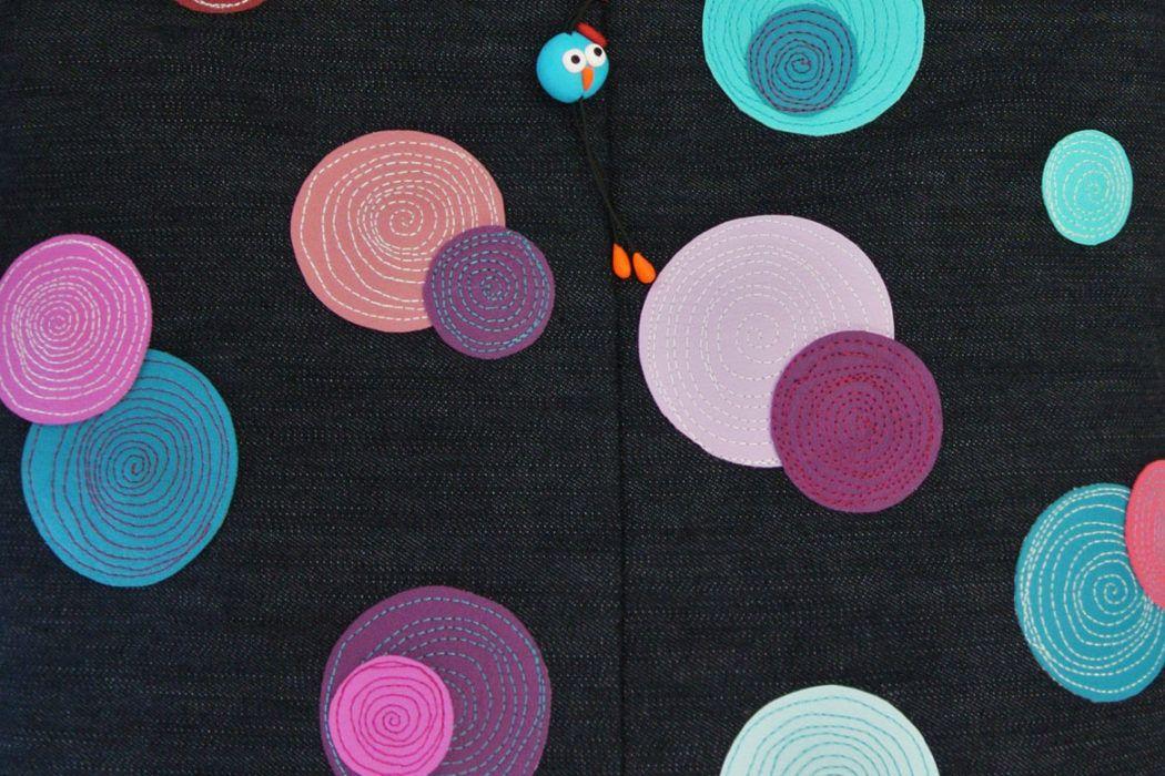 Z unikatnimi torbicami slovenskih oblikovalk naj bo jesen pisana