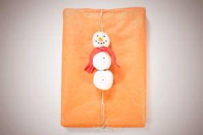 DIY video: Snežak na darilu