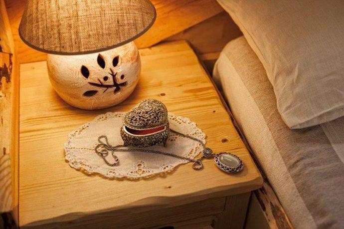 Karmen Klemensberger: S svojimi glinenimi izdelki je opremila nekaj hotelov