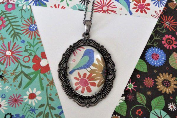 DIY: Romantični medaljon z motivom ptice