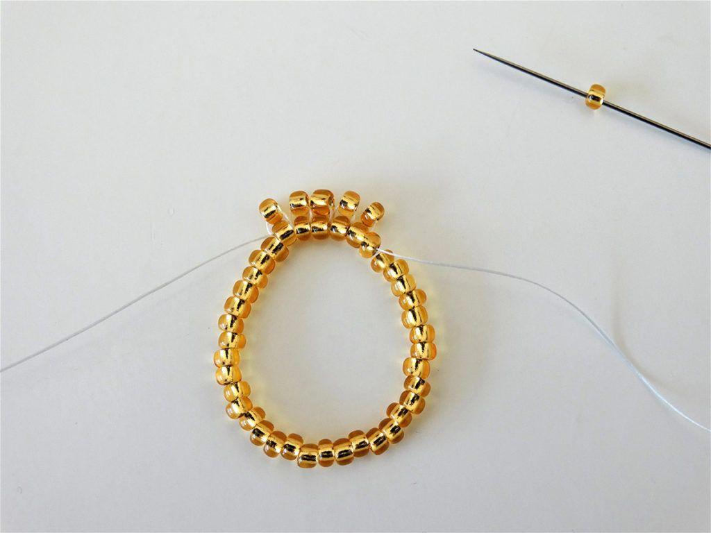 DIY: Prstan iz steklenih perlic