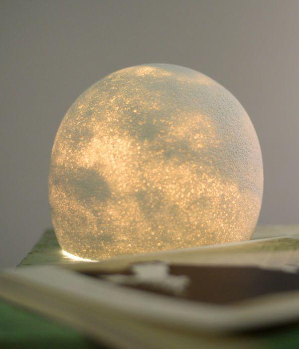 Štiri unikatna svetila, ki bodo razsvetlila vaše razpoloženje