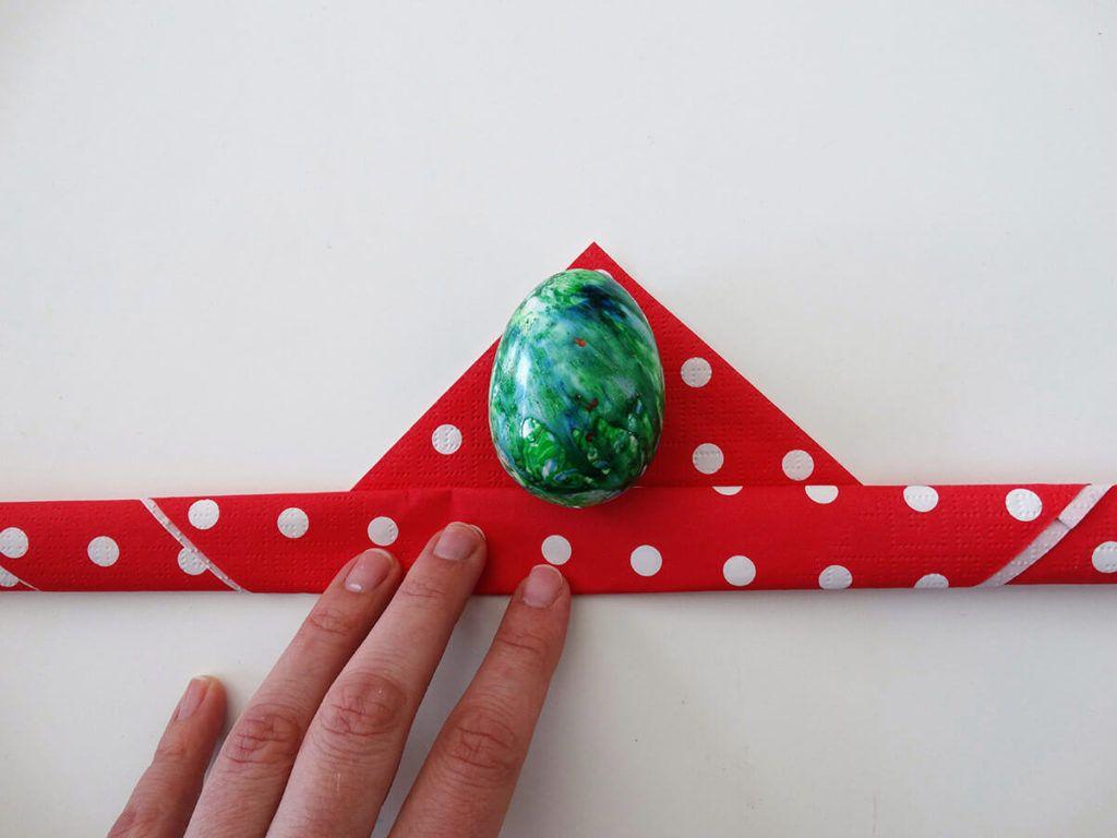 DIY: Velikonočni pogrinjek s pirhom